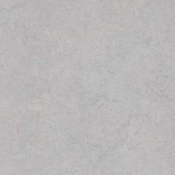 MARMOLEUM MARBLED – 3883 Moonstone (grosime 2,50 mm)