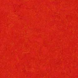 MARMOLEUM CLICK - 333131 Scarlet (0,63 m2 / cutie)